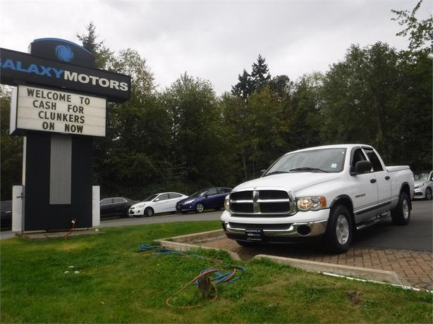 2005 Dodge Ram 1500 SLT Quad Cab 4.7L V8 Regular Box - 2WD