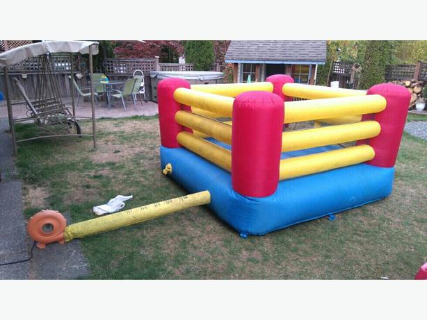 Little Tikes Bouncy Gym