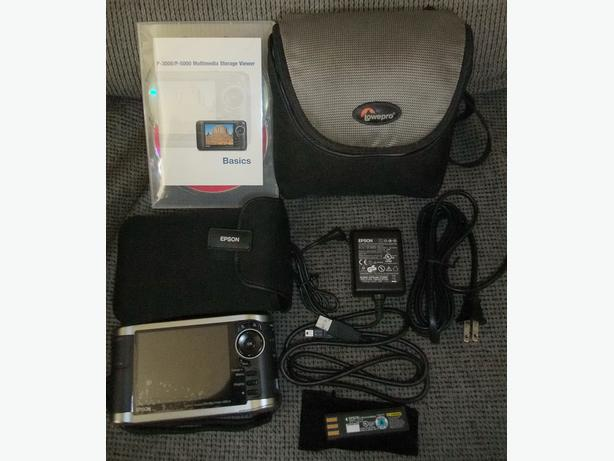Epson P-3000 Photo viewer and  media player
