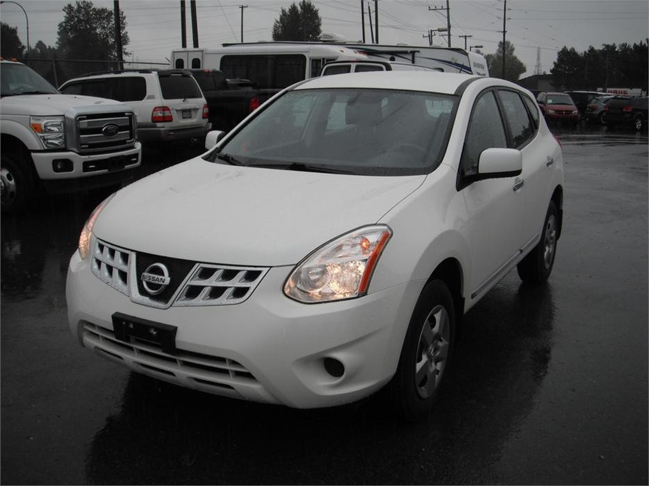 2012 Nissan Rogue S Fwd Krom Edition Outside Calgary Area