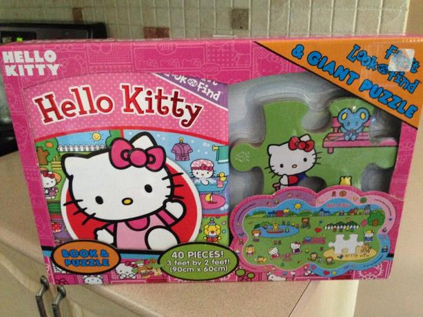 Hello Kitty floor puzzle and book