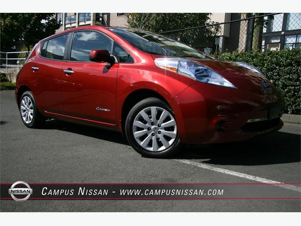 2014 Nissan Leaf S - LOW KM