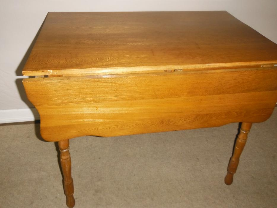 Antique Solid Wood Drop leaf Dining Table Delivered  : 55290970934 from www.usedvictoria.com size 934 x 700 jpeg 62kB