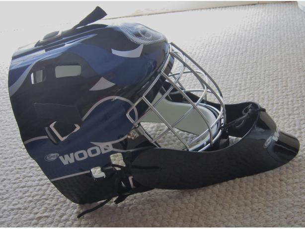 Goalie Mask-Street- New in the bag-Adjustable