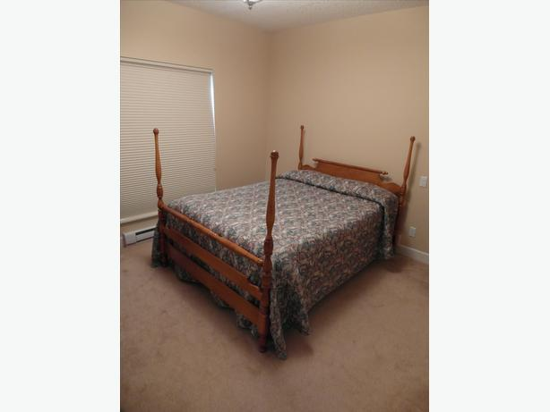 Roxton Canadian Made Solid Maple Bedroom Suite Esquimalt View Royal Victoria Mobile