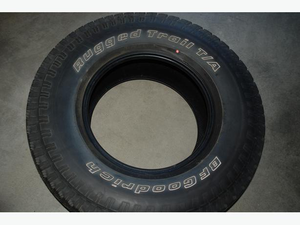 BF Goodrich Rugged Trail T/A  tire (1)