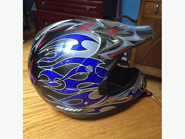 CHR dirt bike helmet