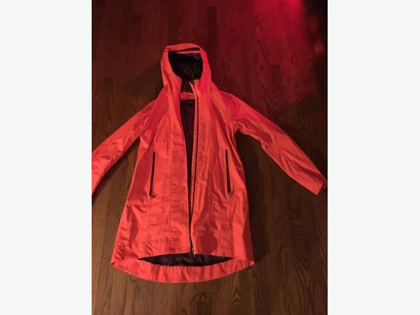 ladies lululemon light jacket size 12
