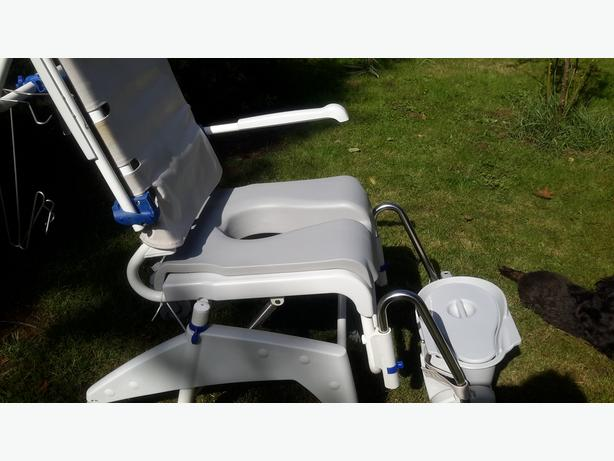 Aquatec Shower Chair/ Commode