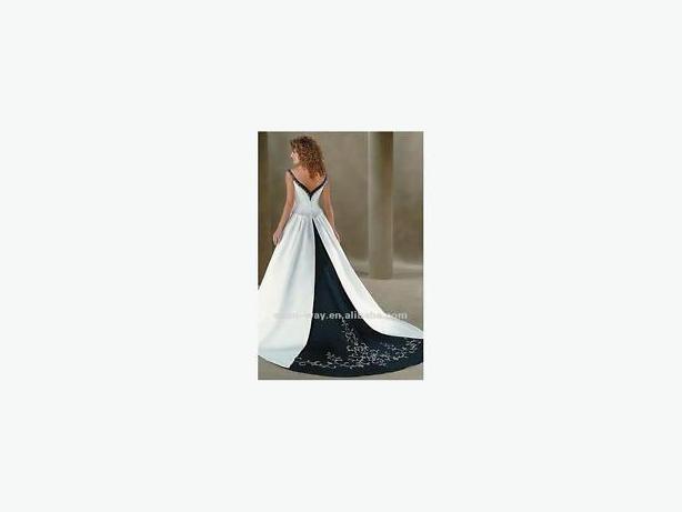 Navy Blue & White Wedding Dress
