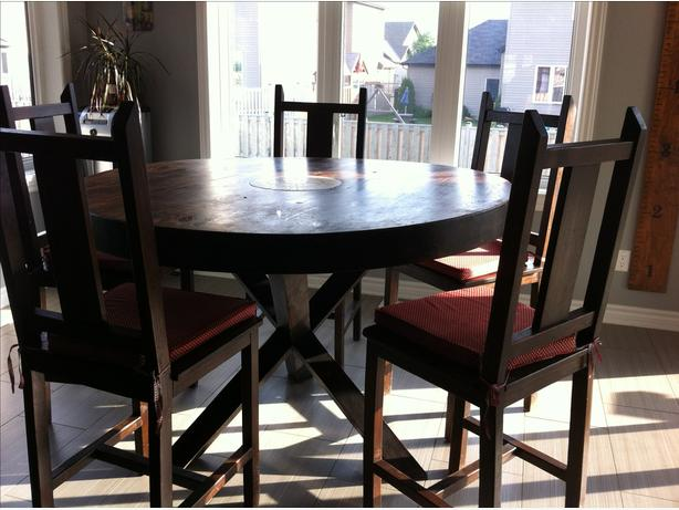 "55"" Round Solid Wood Table & 6 Chairs"
