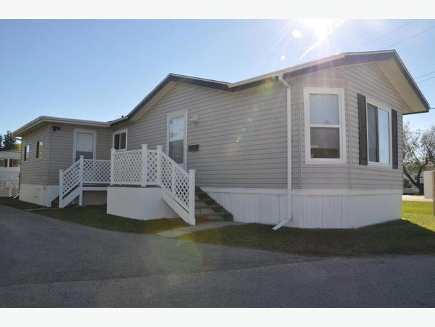 #152-480 Augier Ave Professionally Marketed by Judy Lindsay Team Realty