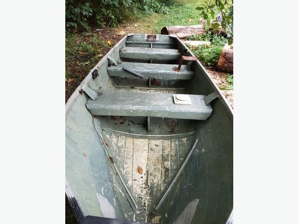 12ft Aluminium boat