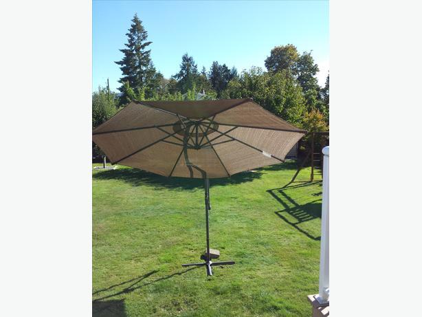 free standing patio umbrella