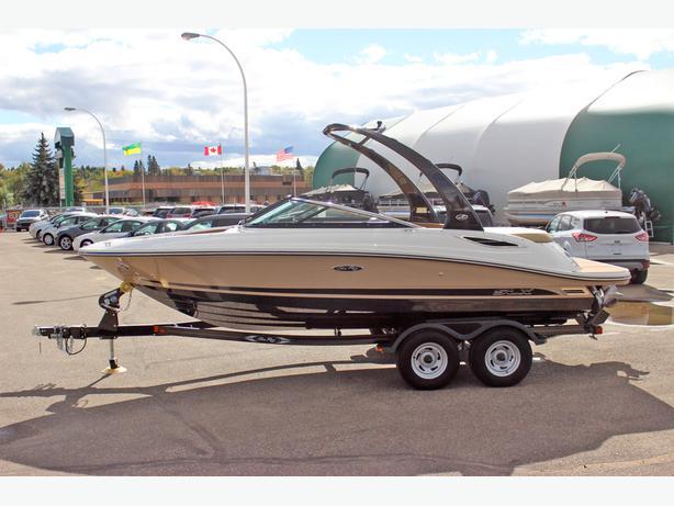 2015 Sea Ray 210 SLX