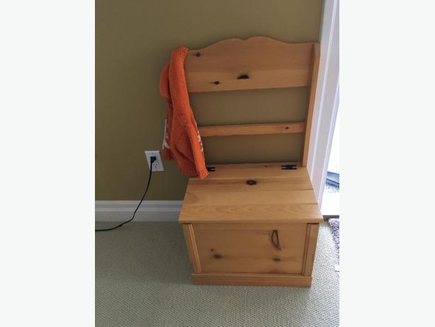 bench/storage