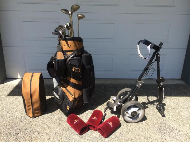 Graphite ladies' golf clubs, cart & misc. accessories