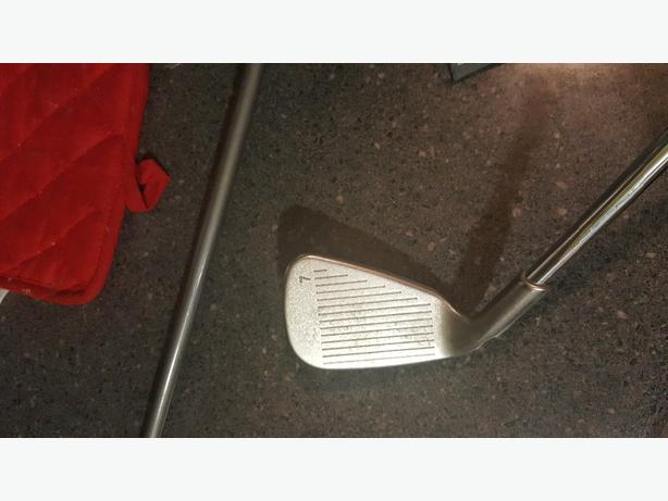 ping i5 right handed golf set 225 obo