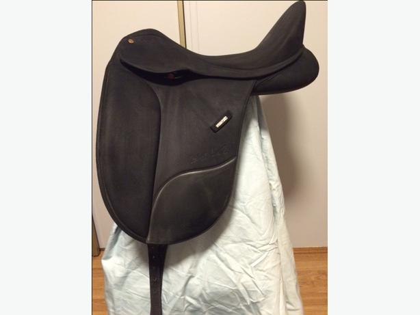 "18"" Wintec Isabell Werth Dressage Saddle"