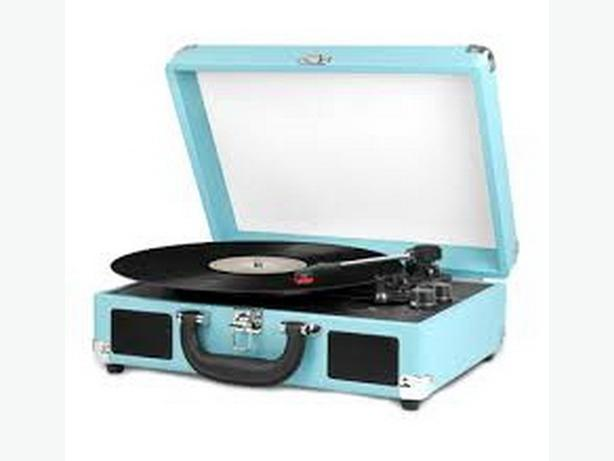 PORTABLE 3 SPEED VINTAGE TURNTABLE BLUETOOTH  ( NEW )