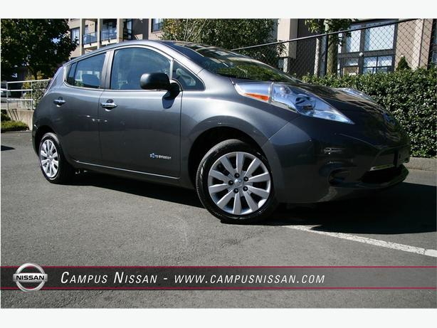2013 Nissan Leaf S - LOW KM
