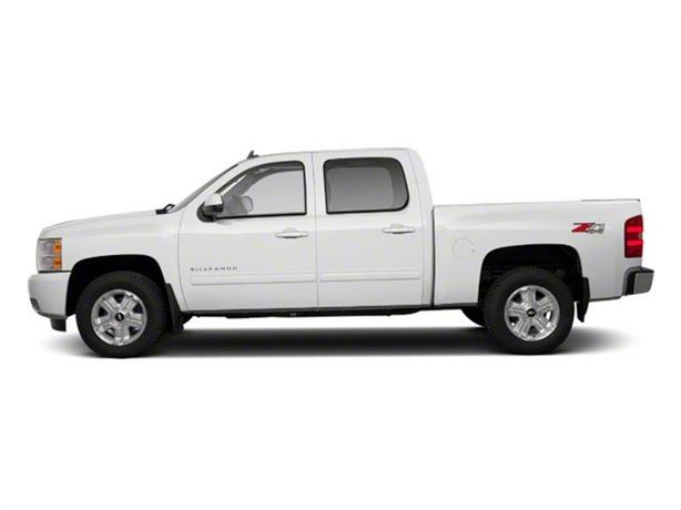 2011 Chevrolet Silverado 1500 LT 4x4 w/ Off Road Suspension and Exterior Package