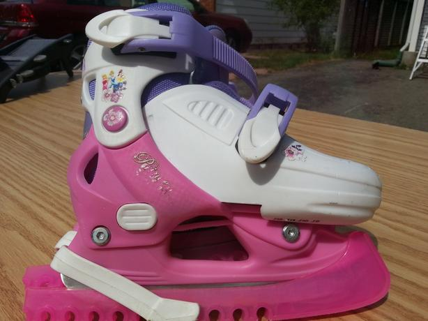 Girls Disney Princess Adjustable Ice Skates (Size J9 to J12)