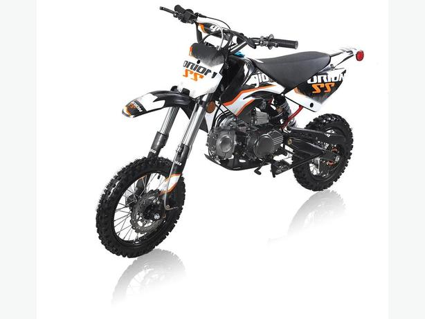 Brand new 125cc gx gio dirt bikes here.+ free helmet.