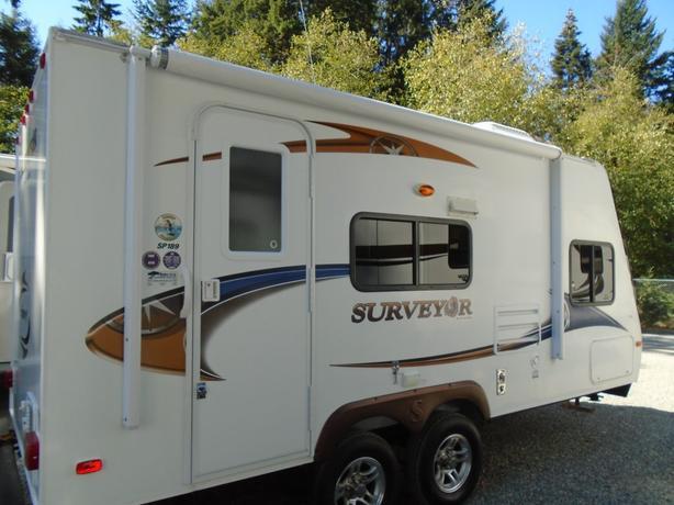 2011 Surveyor SP189 STK# P16N1005A
