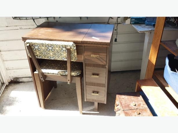 sewing desk w/ chair