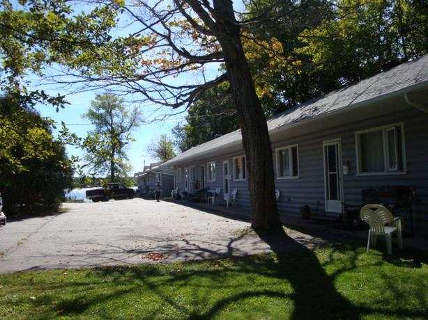 NEW  LISTING - 1713 QUEEN ST. E