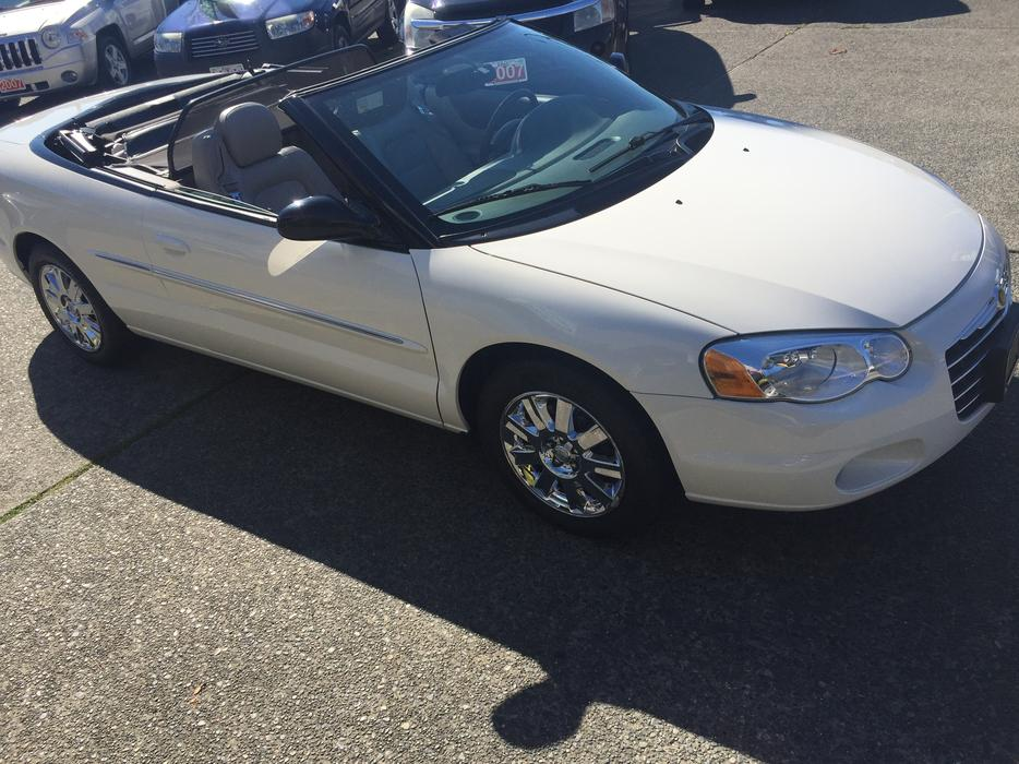 2004 chrysler sebring convertible limited outside comox. Black Bedroom Furniture Sets. Home Design Ideas