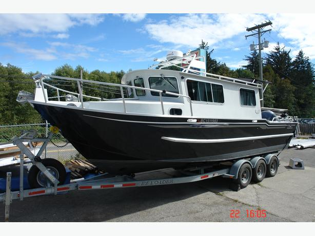 2008 - 27'-0 Silver Streak Cuddy Cabin with 9'-5 Beam - SALE PENDING