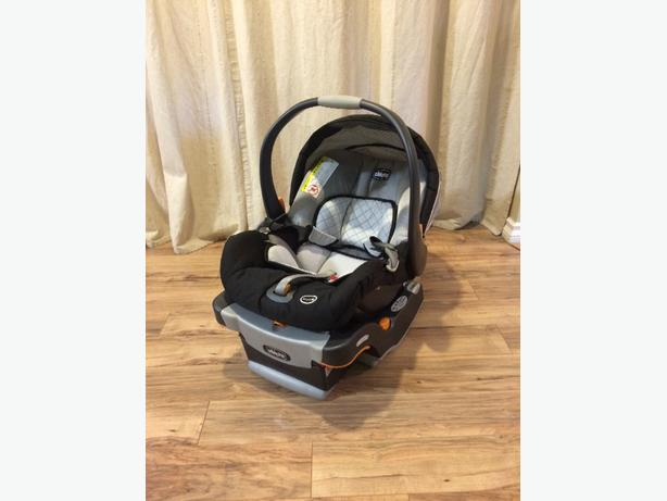 Chicco Keyfit30 infant carseat