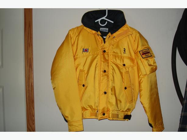 MUSTANG FLOATER JACKET (SPECIAL CPS EDITION)