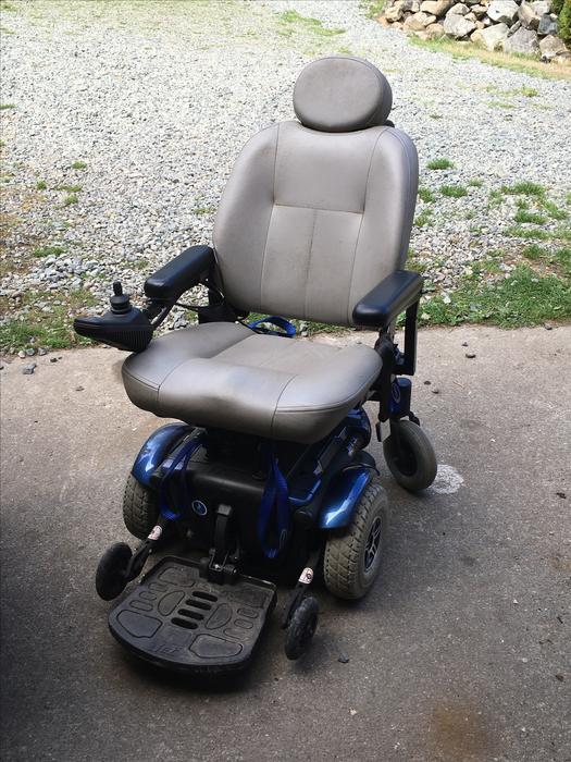Jet 3 Power Wheelchair : Price reduced jet ultra power wheelchair like new