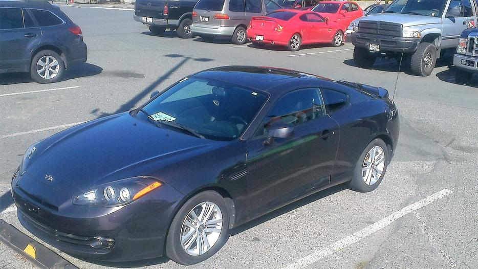 2008 Hyundai Tiburon Gs With New Set Of Winter Tires And