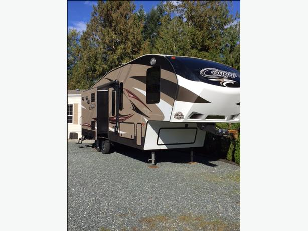 2015 280RLS High Country  Cougar 5th Wheel