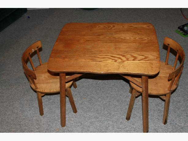 Child Wooden table and chairs