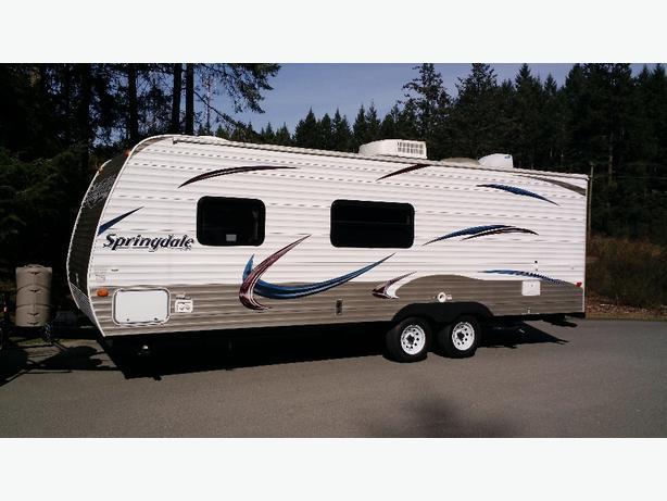 2013 Springdale 222 travel trailer by Keystone