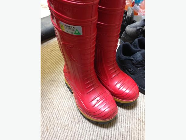 size 7 mens boot