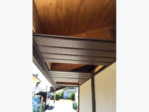 Wanted immediately eavestrough and soffit installer