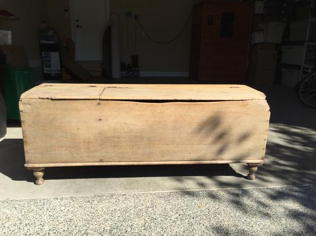 Rustic Pine Feed-Box/Bench