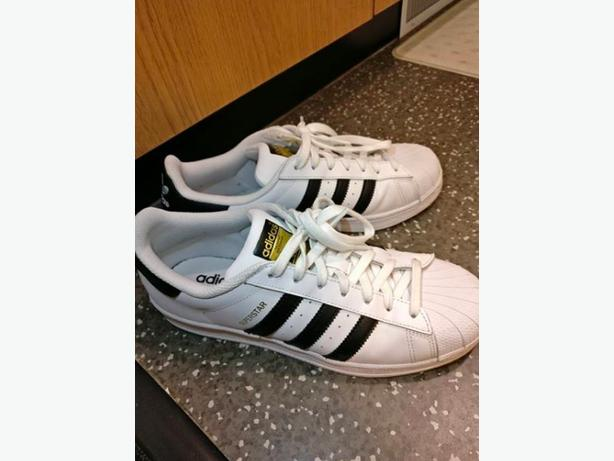 Adidas Superstars US Size 8.5