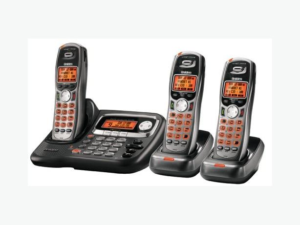 Uniden TRU 9085-3 Powermax phone system with 3 cordless handsets