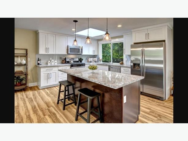 KITCHEN CABINETS, COUNTEROPS, WOODWORKING