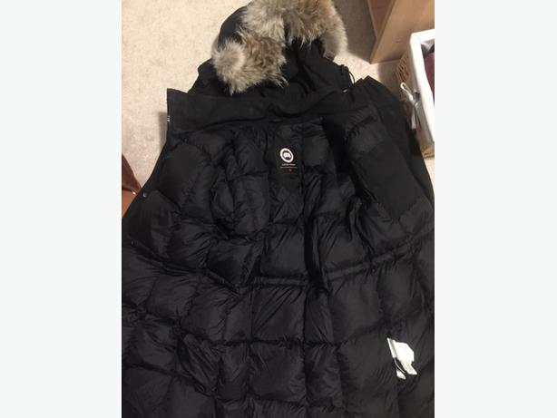 XL real canada goose jacket!