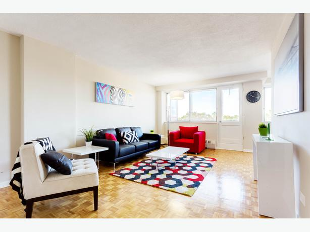 1CH.- CHARMANT 3.5 DISPO MAINTENANT /GORGEOUS 1 BR AVAILABLE NOW