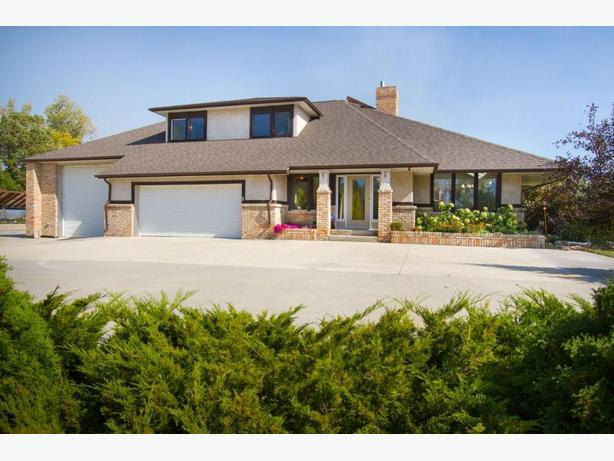 14 Ferry Rd - Professionally Marketed by Judy Lindsay Team Realty