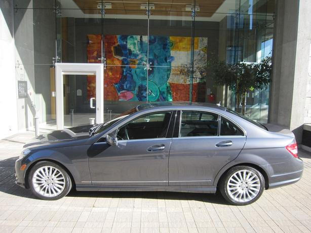 2010 Mercedes-Benz C250 4Matic - ON SALE! - FULLY LOADED! - LOCAL VEHICLE!